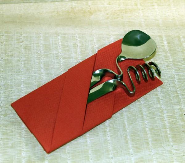 Honiglöffel-Set als Geschenk in Öko-Cellophan und bunter Faltserviette