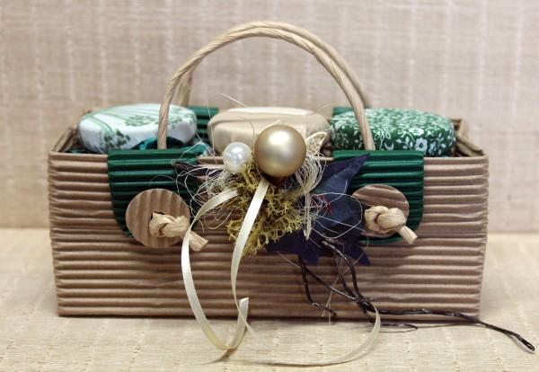 Geschenktasche mit 3 Sorten Honig à 125g und aufwändigem weihnachtlichem Schmuck, Bio-Suisse zertifi